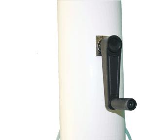 Mástil con sistema interno y manivela